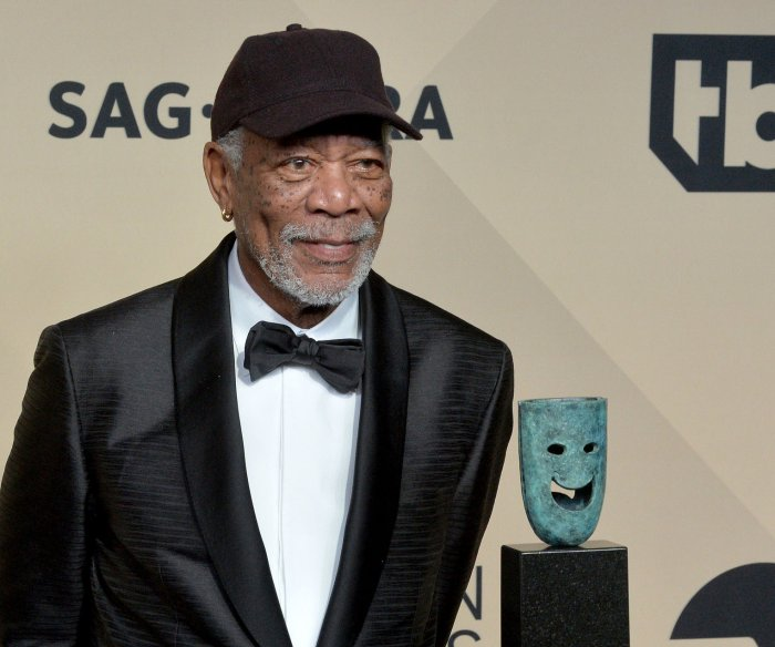 Morgan Freeman apologizes after sex harassment reports