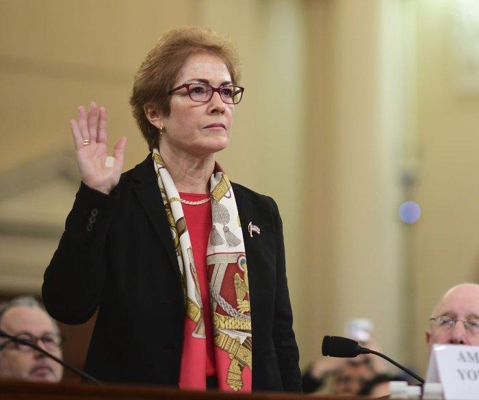 Impeachment: Ex-Ukraine diplomat Marie Yovanovitch testifies