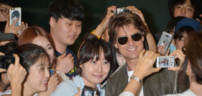 Tom Cruise visits South Korea