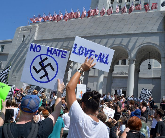 Los Angeles rally against Charlottesville violence