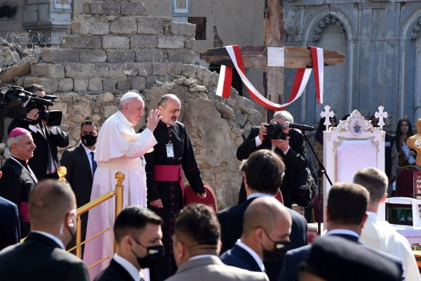 Pope Francis makes first-ever visit to Iraq