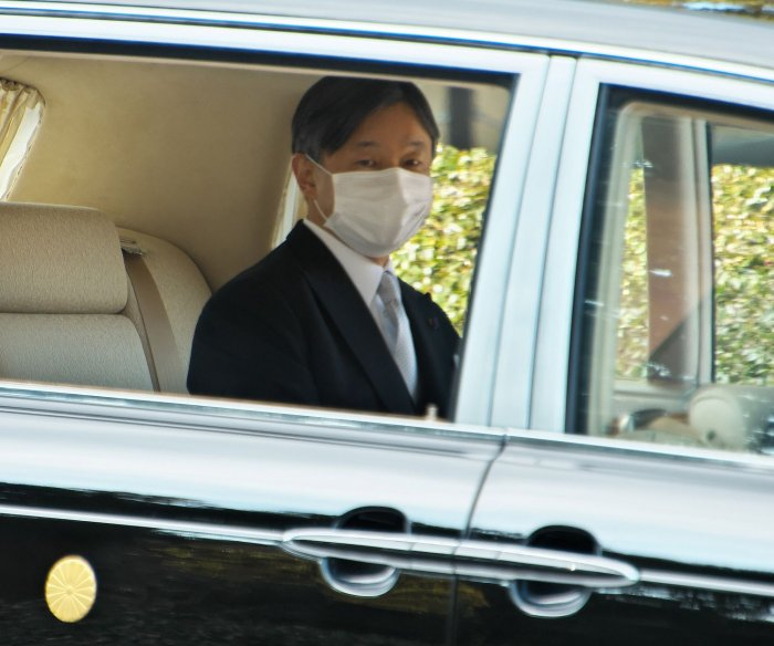 Japan shrugs off Emperor Naruhito's concern about COVID-19, Olympics