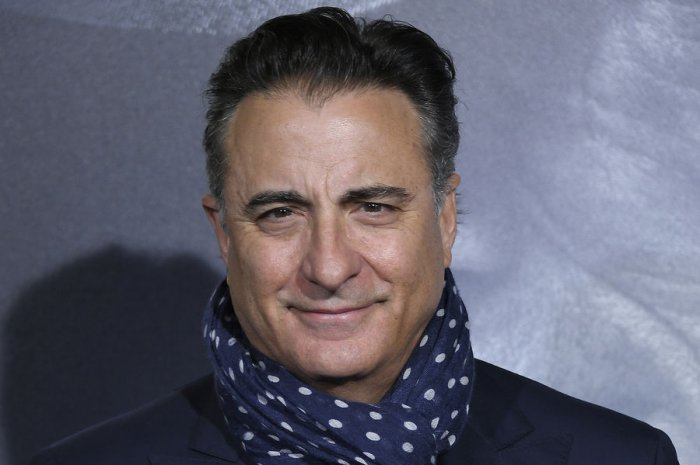Andy Garcia, Clint Eastwood attend 'The Mule' premiere