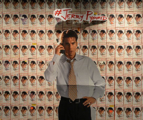 14,000 copies of Jerry Maguire on VHS tape find home in LA
