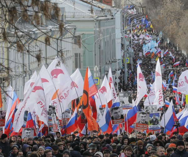 Russians protest on second anniversary of Boris Nemtsov's slaying