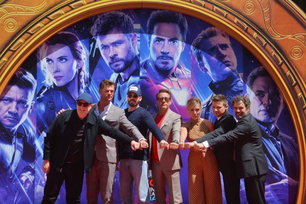 'Avengers' cast cement their hand and footprints in ceremony
