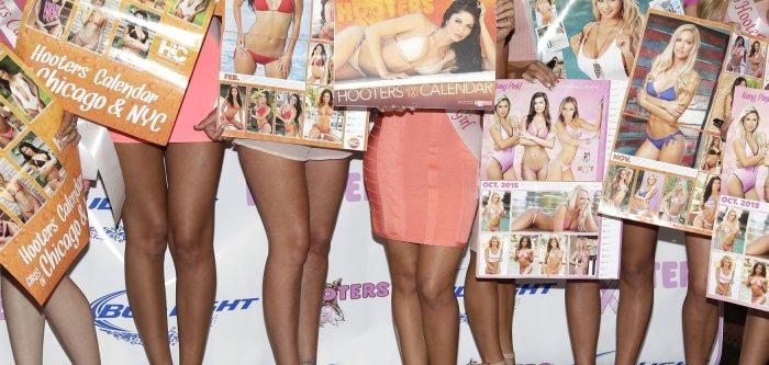 2016 Hooters Calendar Girls
