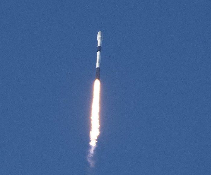 SpaceX launches 52 Starlink satellites, two other payloads