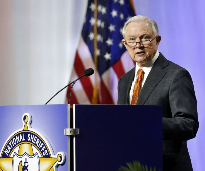 Justice Dept. asks high court to allow punishment for 'sanctuary cities'