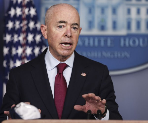 Biden administration to allow migrant families to reunite in the U.S.