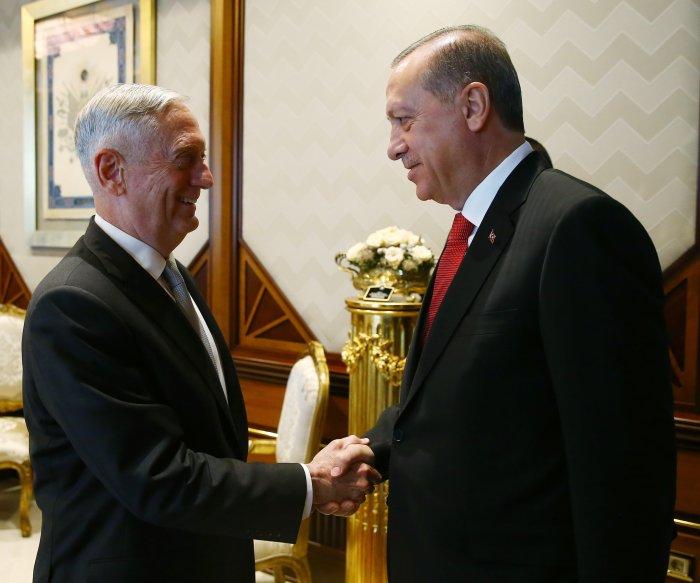 Turkey tells U.S. of concerns about arming Syrian militia