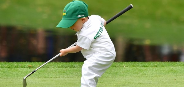 Families take the green for Masters Par 3 contest