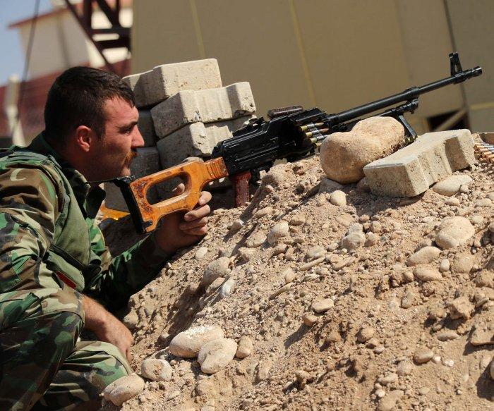 Kurds warn of humanitarian crisis as Iraq takes control of Kirkuk