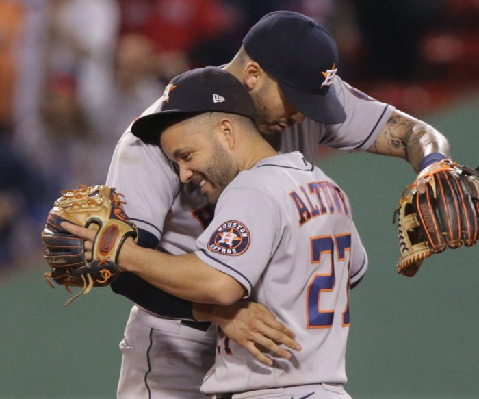 Astros dominate Red Sox to move within 1 game of World Series