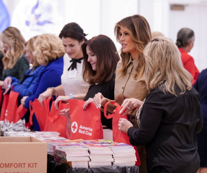 Melania Trump, Karen Pence pack holiday comfort kits for overseas troops