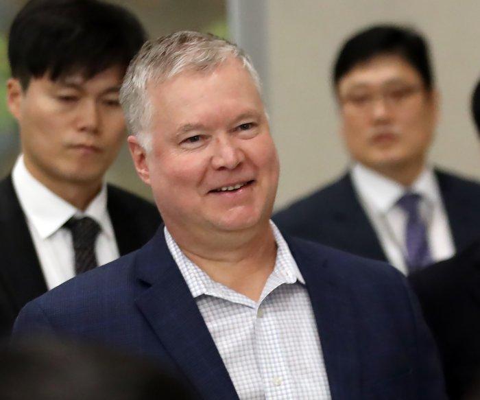 U.S. nuclear negotiator arrives in Seoul before North Korea's d deadline