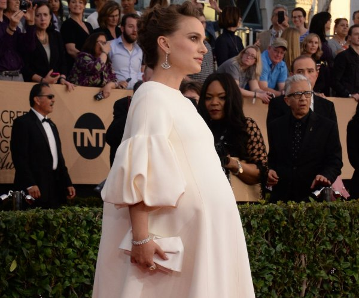 Pregnant Natalie Portman won't attend Sunday's Oscars ceremony