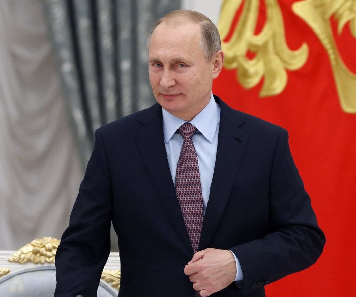 Gallup poll: Putin's image improves in U.S.