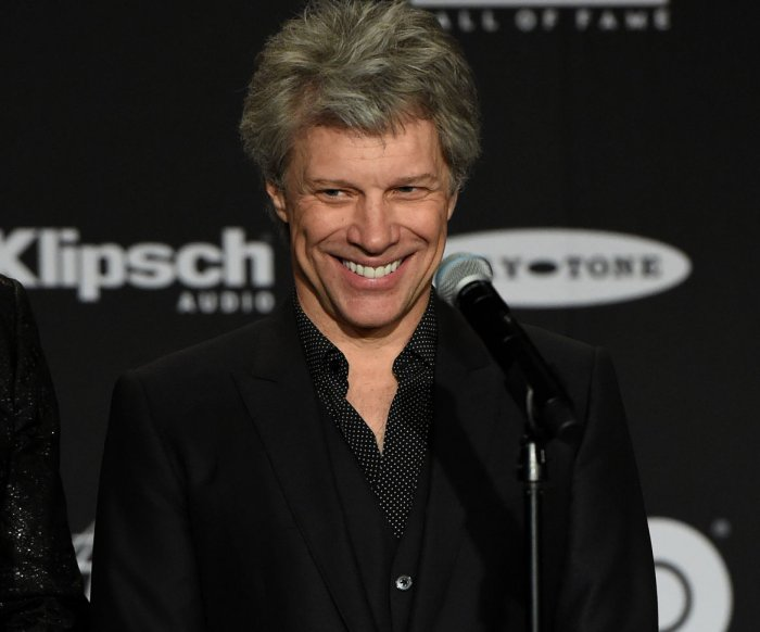 Jon Bon Jovi's N.J. restaurant serves lunch to furloughed workers