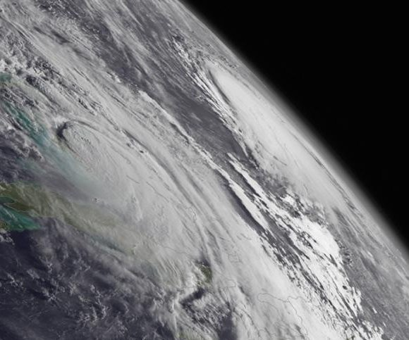 NOAA predicts above-average hurricane season