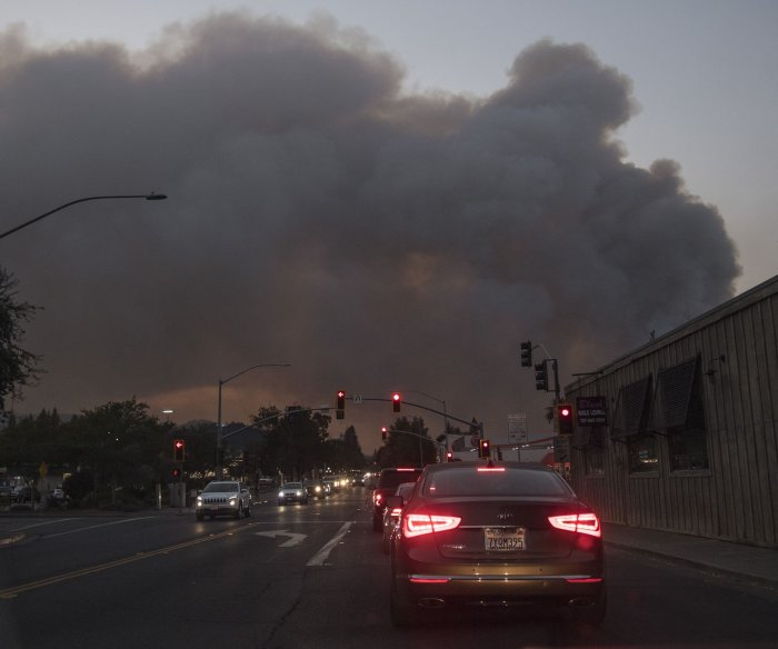 Fire erupts in Calif. wine country; hospital evacuated