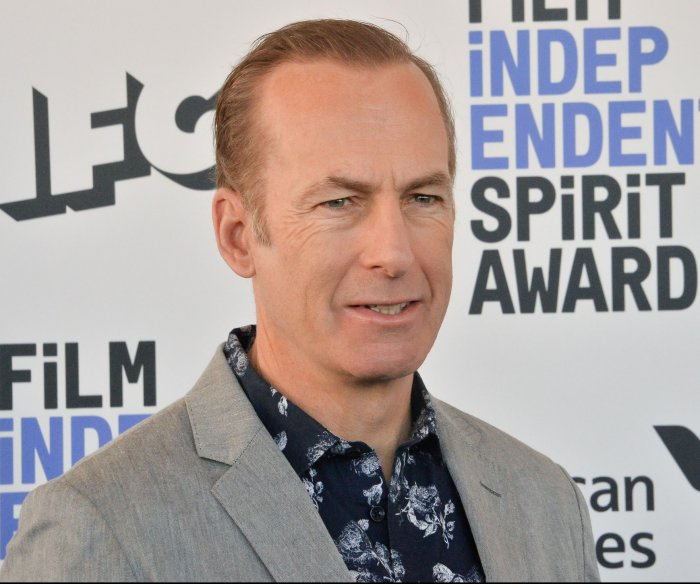Bob Odenkirk says he had a 'small heart attack'