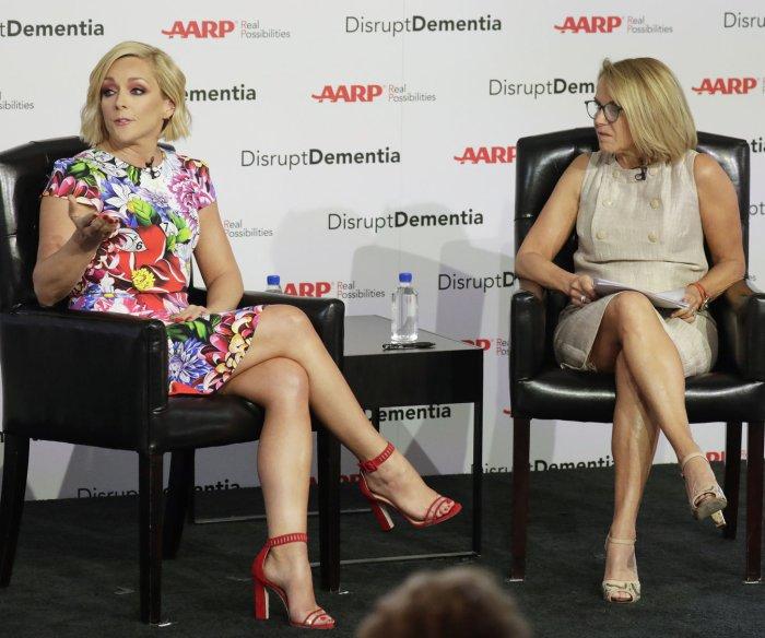 Jane Krakowski, Katie Couric discuss dementia at AARP event