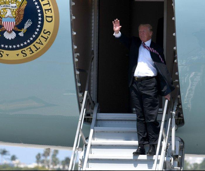 In Miami, Trump to urge Venezuela military to support Guaido