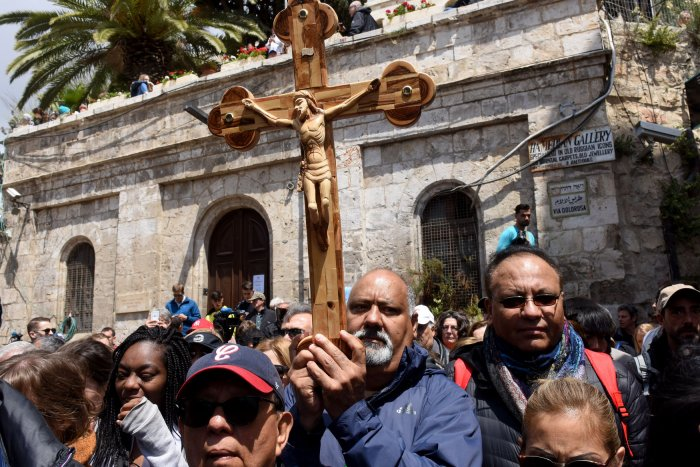 Christians observe Good Friday in Jerusalem