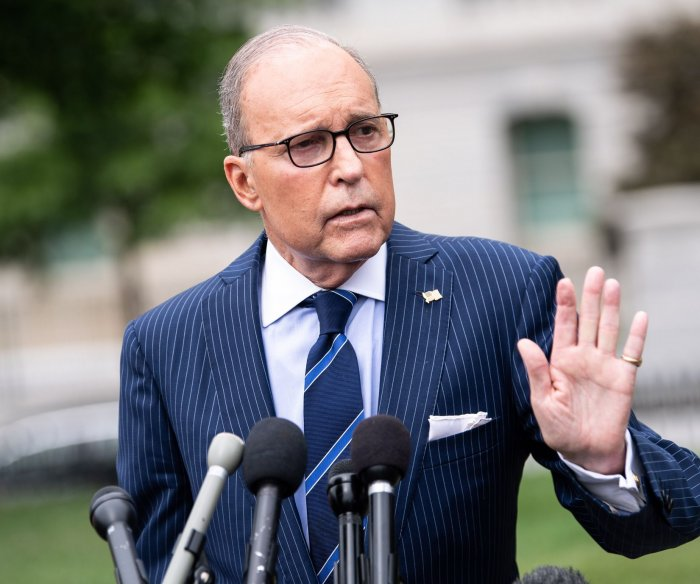 Trump economic adviser Larry Kudlow says there's 'no recession on the horizon'