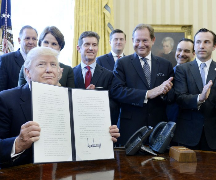 Trump signs executive order on regulatory reform