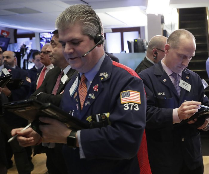 China fears snap Dow Jones' four-day winning streak