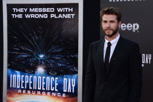 'Independence Day: Resurgence' premieres in Los Angeles