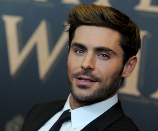 Zac Efron, Zendaya attend 'The Greatest Showman' premiere