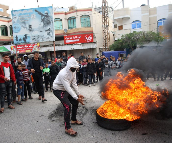 Days of rage: U.S. decision on Jerusalem sparks clashes