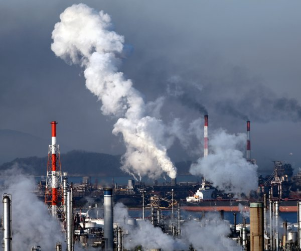 Global carbon emissions stall for third year straight
