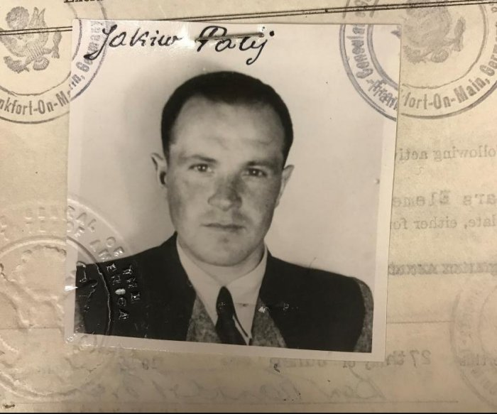 U.S. deports last known Nazi collaborator, Jakiw Palij, after 14 years