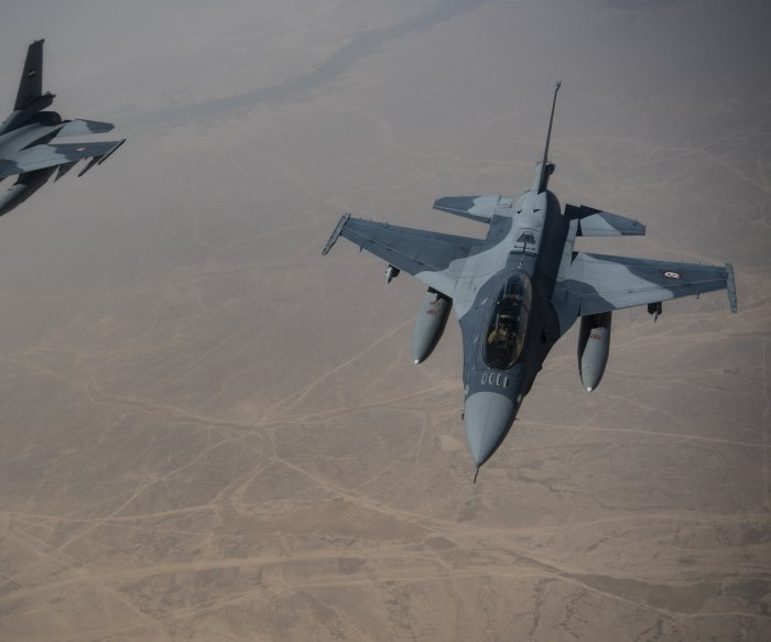 U.S. jets conduct airstrike on coalition base as troops leave Syria
