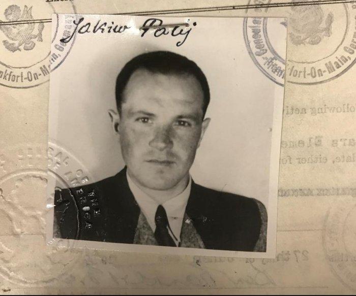 U.S. deports last known Nazi collaborator, Jakiw Palij, after 14 years