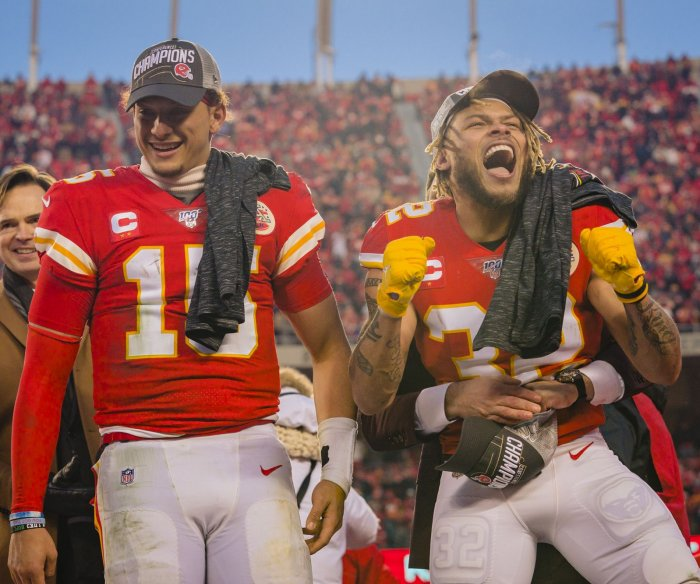 Chiefs favored over 49ers to win Super Bowl LIV