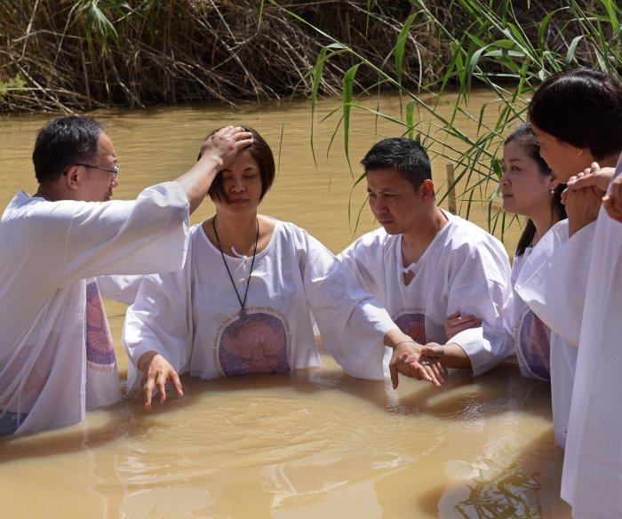 Israel begins to clear Qasr el Yahud baptismal site of mines