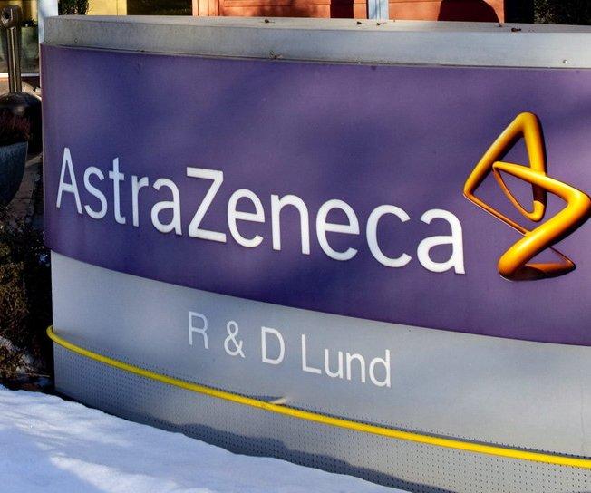 AstraZeneca strikes deal with Oxford Biomedica to make COVID-19 vaccine
