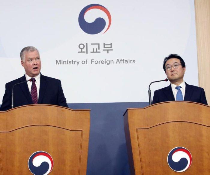 U.S. nuclear envoy: No deadline on talks with North Korea