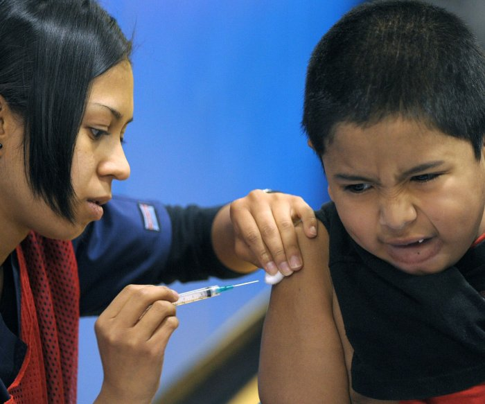 Flu vaccination rates in children, teens remain low