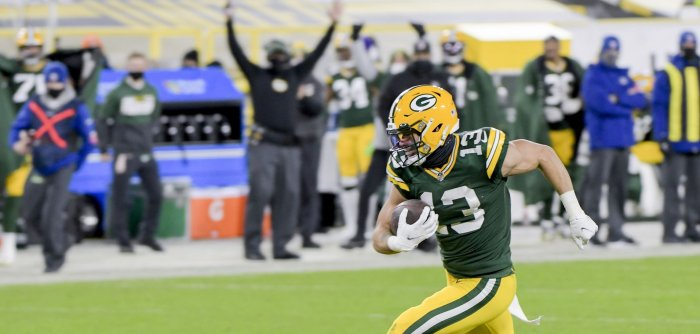 Green Bay Packers defeat L.A. Rams in NFC playoff