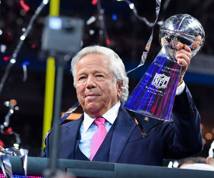 Police: Patriots owner Robert Kraft charged with soliciting prostitutes