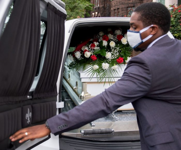 FEMA begins accepting applications for COVID-19 funeral reimbursements