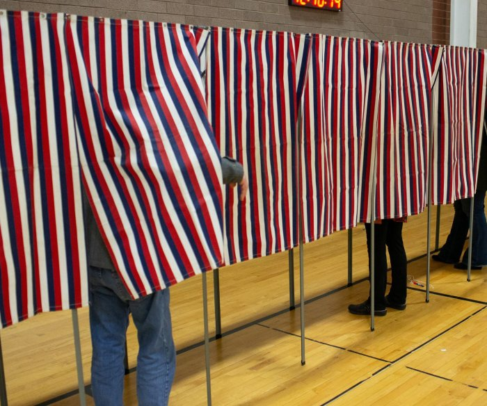 Pew Research: 1 in 10 eligible voters are naturalized citizens