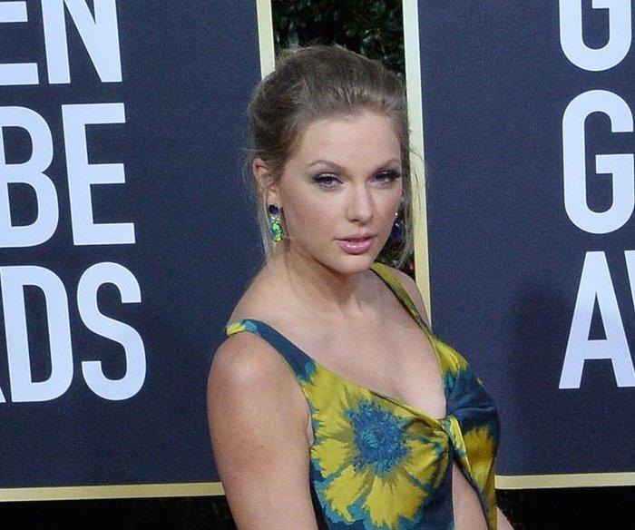 Taylor Swift's 'Folklore' tops the U.S. album chart again