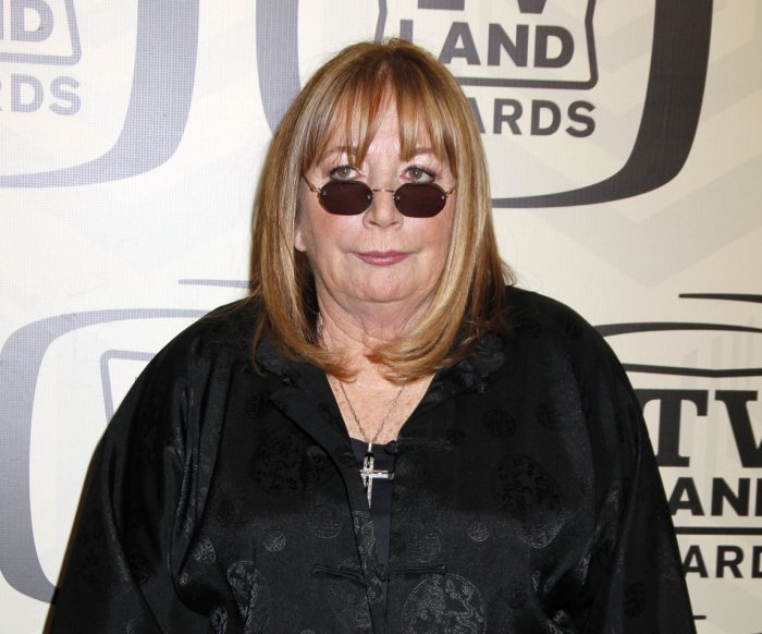 'Laverne & Shirley' star, filmmaker Penny Marshall dies at 75